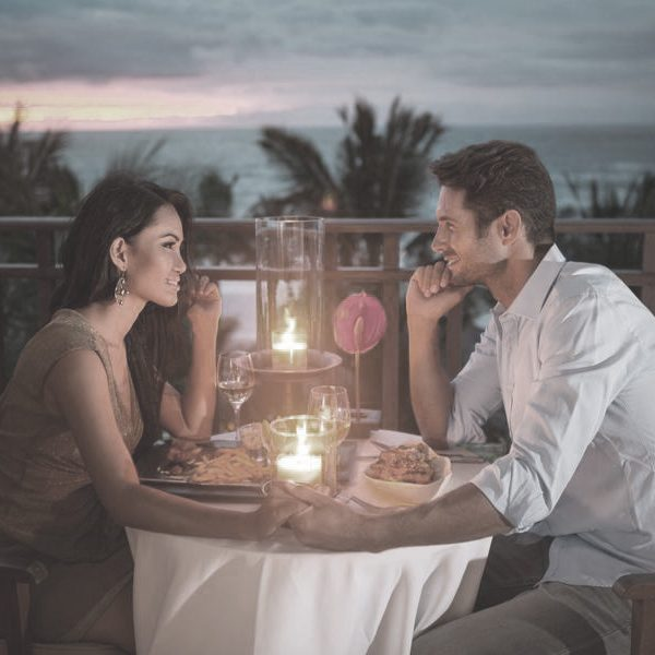 Romantic Candle Light Dinner Sml Event